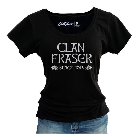 Camiseta Baby Look Outlander Sassenach Clan Fraser 1746