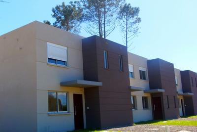 Casa De 3 Dormitorios 2 Baños Dúplex En El Pinar