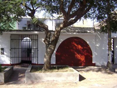 Casa De 2 Pisos.