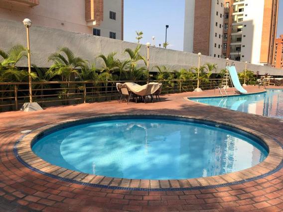Apartamento En Venta En Valles De Camoruco, Cod 20-116 Ddr