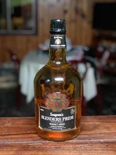 Whisky Blenders Pride Seagrams 1.75l Añejo +25 Años