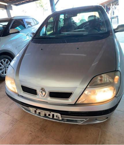 Renault Scenic 2006 2.0 16v Privilège 5p