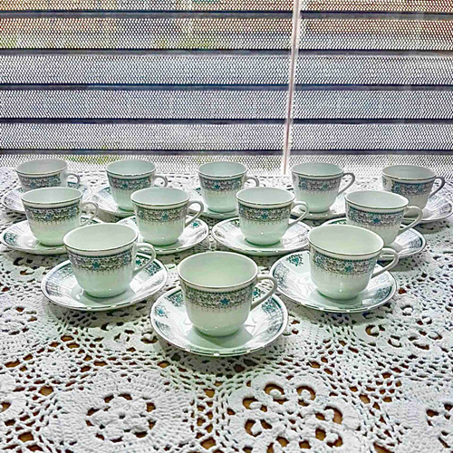 6 Tazas De Café De Porcelana China (hay Dos Juegos)