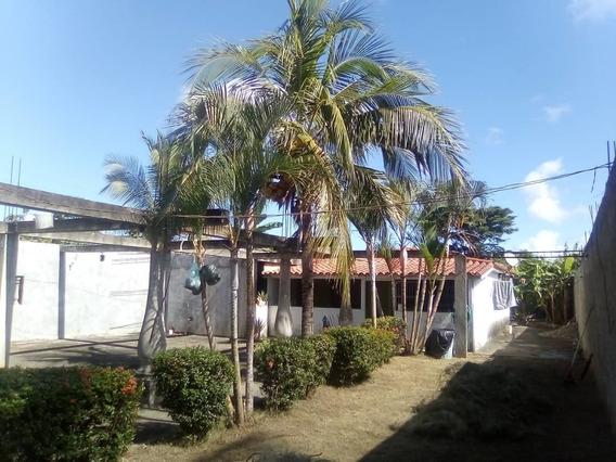 Casa En Terrazas De Higuerote