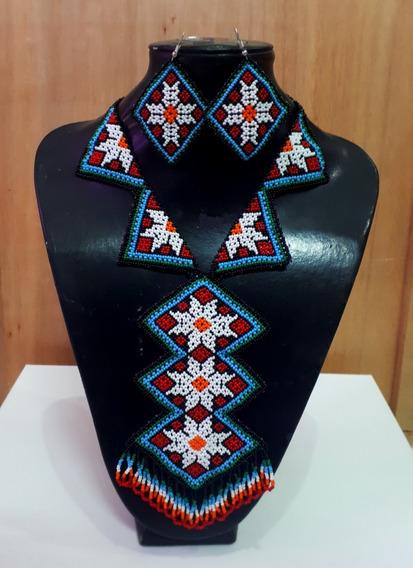 Collar En Corbatín En Azul De Chaquira/artesanía Huichol