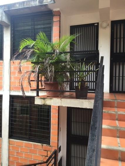 Apartamento Semi Amoblado Piso 3 Edf Sin Ascensor