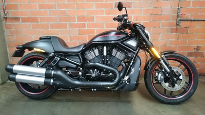 Harley Davidson V-rod Night Road Special - 10th Anniversary