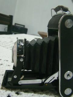 Camera Fotográfica Antiga Rolfix1