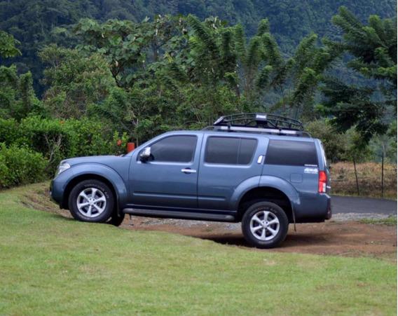 Nissan Pathfinder Edición Limitada 4x4