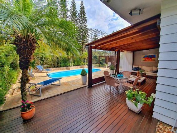Casa Pronta Para Morar Em Condomínio Fechado Em Jurerê - Ca0114