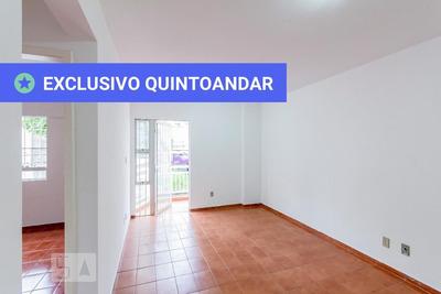 Apartamento No 1º Andar Com 2 Dormitórios E 1 Garagem - Id: 892860970 - 160970