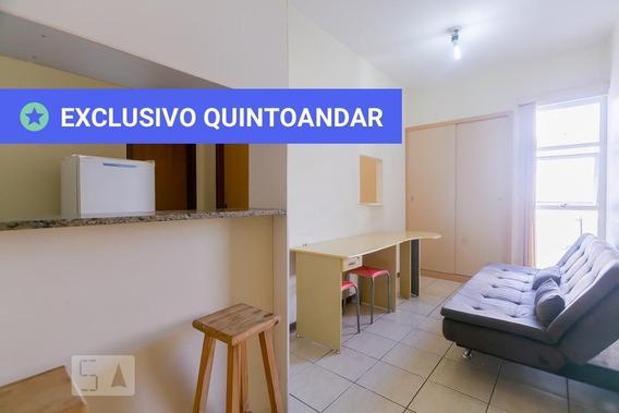 Apartamento No 1º Andar Mobiliado Com 1 Dormitório E 1 Garagem - Id: 892957801 - 257801