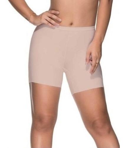 Bermuda Sem Costura Nayane Rodrigues Modela Shorts