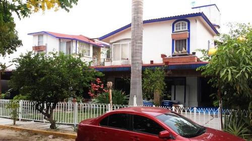 Imagen 1 de 10 de Casa En Venta En Los Tulipanes, Tuxtla Gtz, Chiapas
