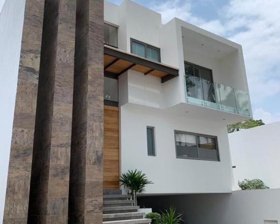 Renta Casa Nueva Condominio / Zona Dorada Cuernavaca