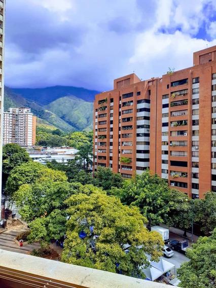 Caracas Apto, Los Dos Caminos