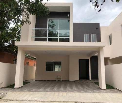 Casa En Venta En Tampico, Tam. Col. Campbell