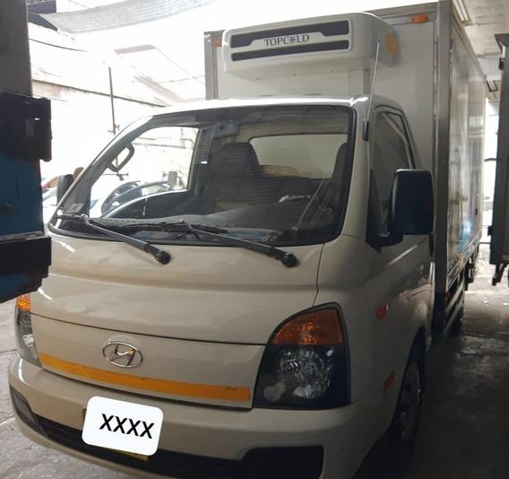 Vendo Hyundai H100 2ton. 2017 Llamar Cel: 999 334 020