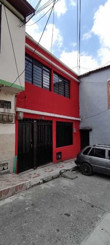 Se Alquila Casa Centro Pereira