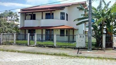 Apartamento De 2 Dormitórios No Carianos - 74282