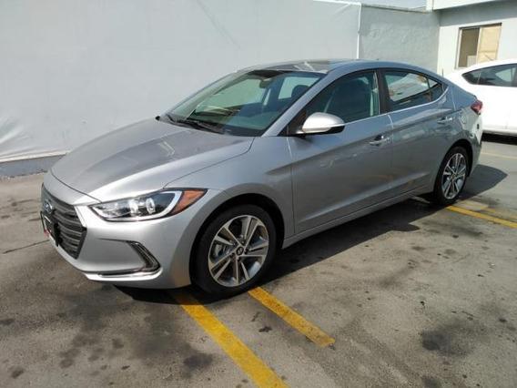 Hyundai Elantra 4p Limited Tech Navi L4/2.0 Aut