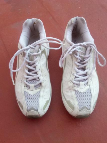 Zapatillas Reebok Blancas 39/40 Plantilla 26 Cm