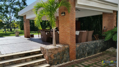 Villa En Metro Country Club, Juan Dolio