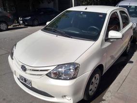 Toyota Etios 1.5 Sedan X 5p 2015 C/ Transf. Incluida