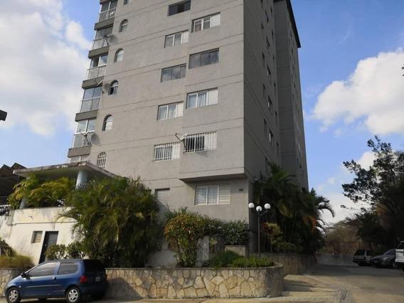 Apartamento En Venta En Clnas. De Santa Mónica Rent A House @tubieninmuebles Mls 20-18053
