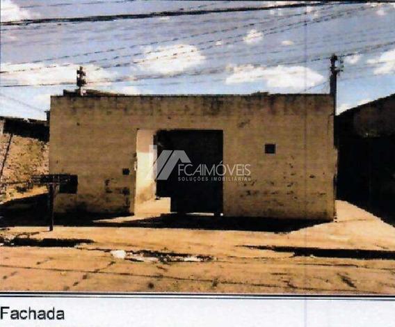 Rua São Vicente De Paula, Abadia, Uberaba - 451302