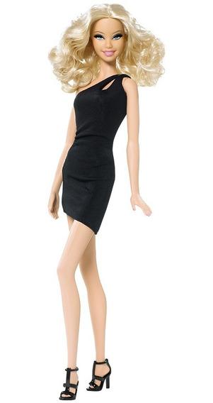 Barbie Basics Doll Model No 06 - #001 2009