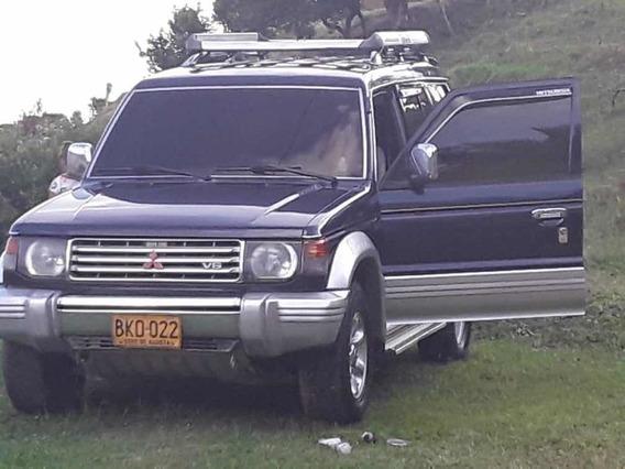 Mitsubishi Campero Montero
