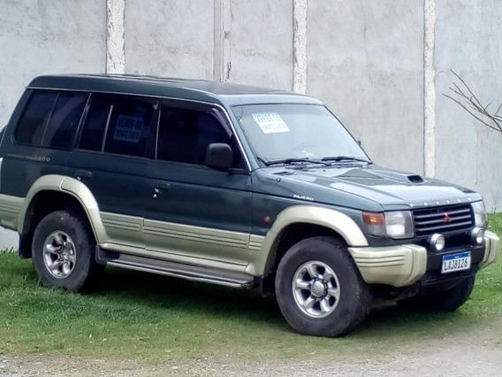 Pajero Full Glsb - 7 Lugares - Diesel - 1995