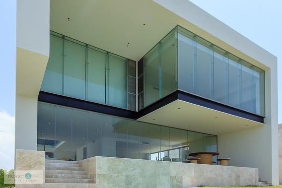 Casa De Revista En Venta En Puerto Cancún