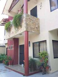 Hermosa Casa De Dos Planta En Venta Sup. 240