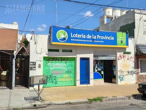 Local Sobre Ayacucho A 1 Cuadra Plaza Alem, Excelente Ubicacion .nuevo Valor Oportunidad !