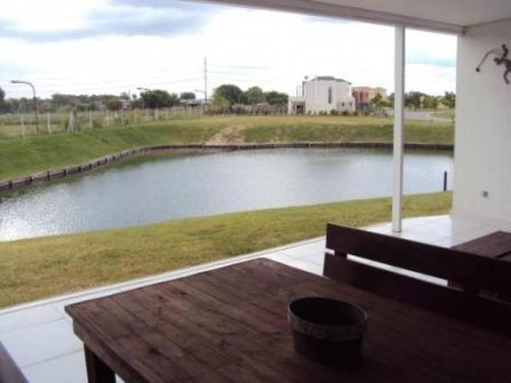 Casa En Venta En Alisos Al Lago Racionalsita Con 4 Suites
