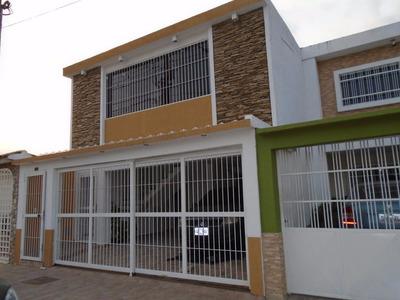 Rbnag Venta De Hermosa Casa Con Apartamento Naguanagua