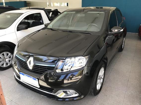 Renault Nuevo Logan Privilege 1.6 16 V 2018 Con 4500 Km