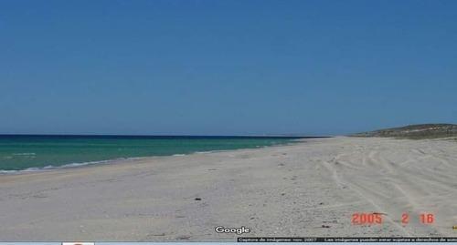 Hermosa Arena Blanca,playa Muy Bonita