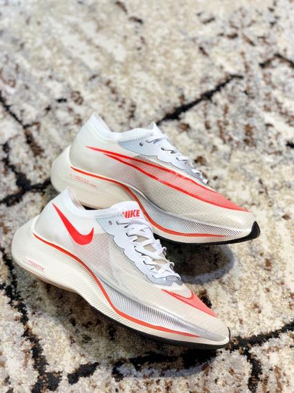 Nike Zoomx Vaporfly Next% + Chaveiro Jordan (brinde)