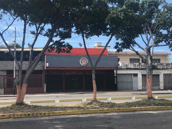 Se Alquila Bello Local Comercial Av. Constitución