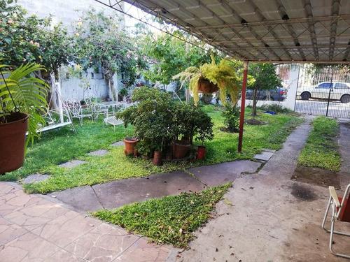 Imagen 1 de 17 de Casa - La Blanqueada. 3 Dormitorios