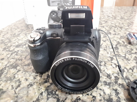 Câmera Finepix S4500 Fujifilm