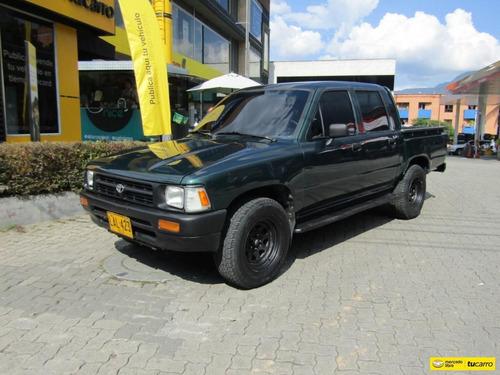 Toyota Hilux Mt 2400cc 4*2