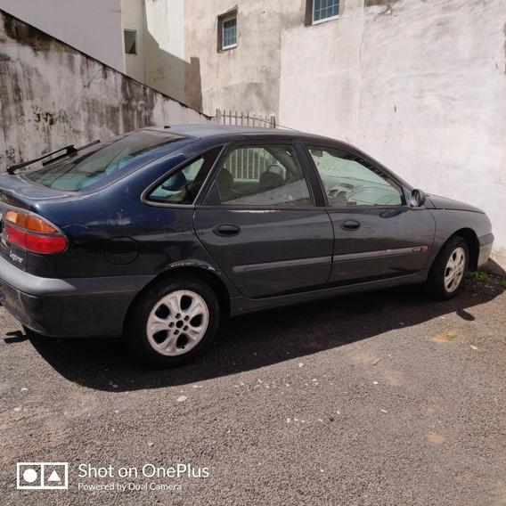 Renault Laguna 2.0 Rxe 4p 1999