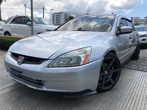 Honda Accord 2004 Full Clean (americano)
