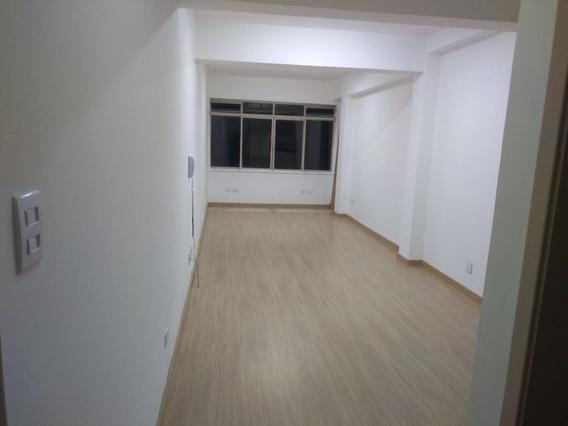 Conjunto Comercial, Rua Major Quedinho, Ao Lado Metrô República- Centro. - Md504