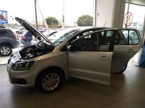 Volkswagen Fox 1.6 Connect My18 Gris Plata