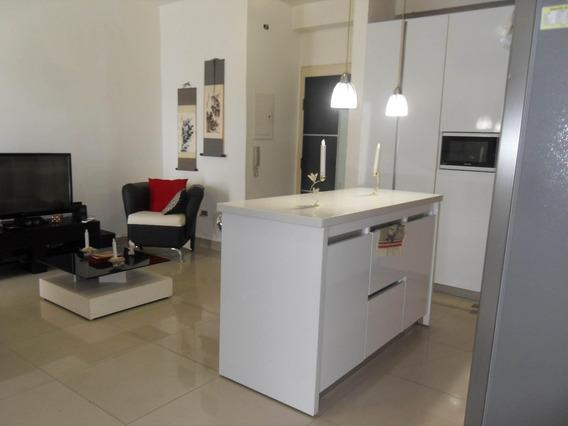 Apartamento En Venta Las Chimeneas Valencia Cod 20-11420 Akm